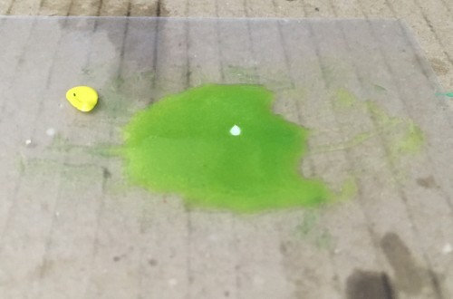 黄緑レジン液